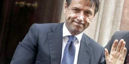 استقالة رئيس الوزراء الإيطالي