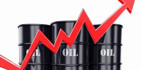 أسعار النفط تغلق عند أعلى مستوى لها منذ نحو عامين