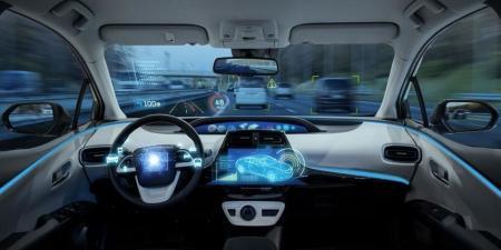سيارة تسلا ذاتية القيادة تتسبب في مقتل شخصين